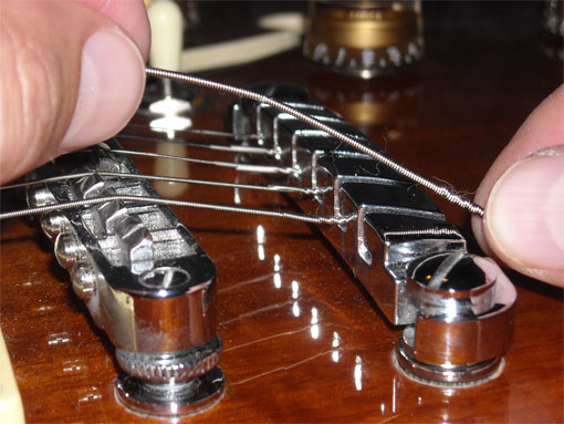 taylor guitars how to change strings