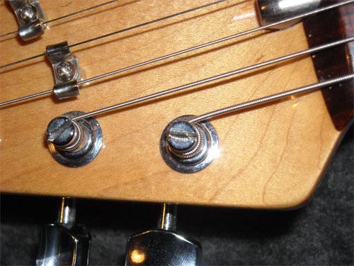 question how often do your electric guitar strings break on bends guitar. Black Bedroom Furniture Sets. Home Design Ideas