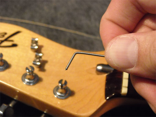 how to change guitar string correctly